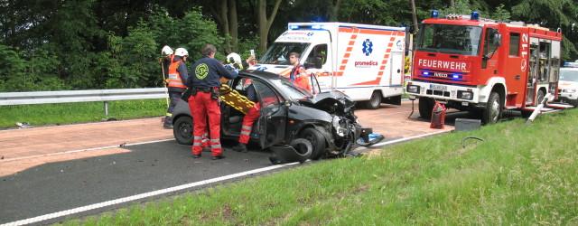 Heute Nachmittag wurden wir zu auslaufenden Betriebsstoffen nach einem Verkehrsunfall auf der B 251 Richtung Freienhagen alarmiert. Ein PKW war [...]